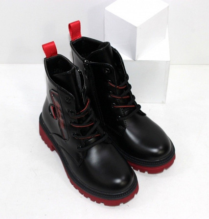 Черные осенние ботинки для девочек на контрастной красной подошве Код: 111827 (YD6027-6-16) Запоріжжя - зображення 4