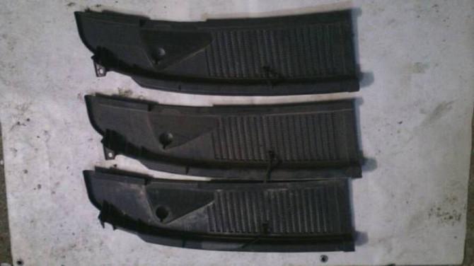 Накладка ліва під лобовим склом Opel Kadett GM 90186841 оригінал Вінниця - зображення 3