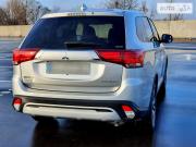 Mitsubishi Outlander – лучший внедорожник 2018 Київ
