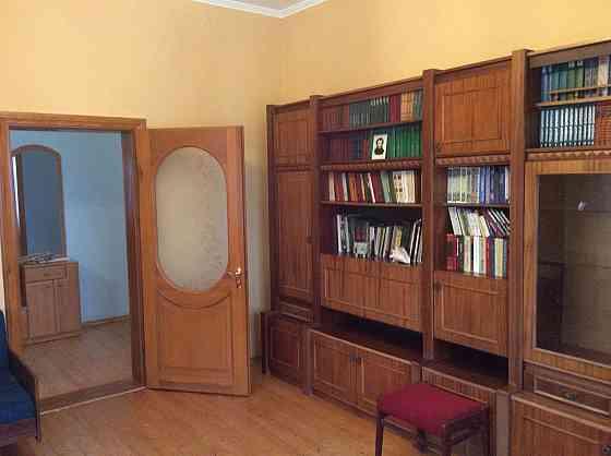 Уютный дом в Нерубайском со всем пакетом документов и с 25 сотками земли Одеса