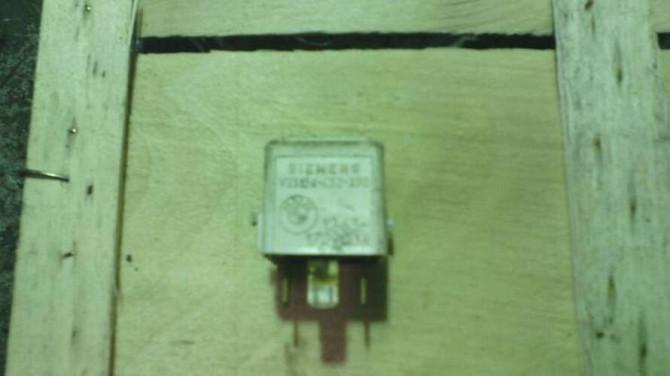 Реле SIEMENS V23134-C52-X90 БМВ 12.63-1729004 оригінал Вінниця - зображення 2