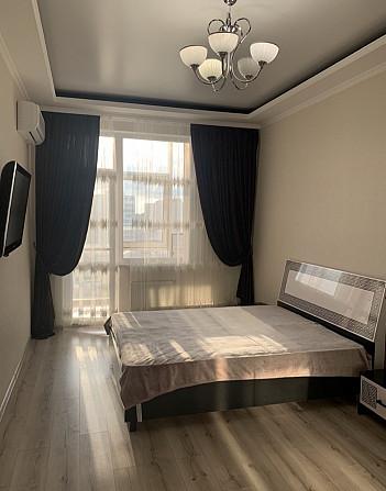 Продам однокомнатную квартиру в 10 «Жемчужине» с видом на море Одеса - зображення 1