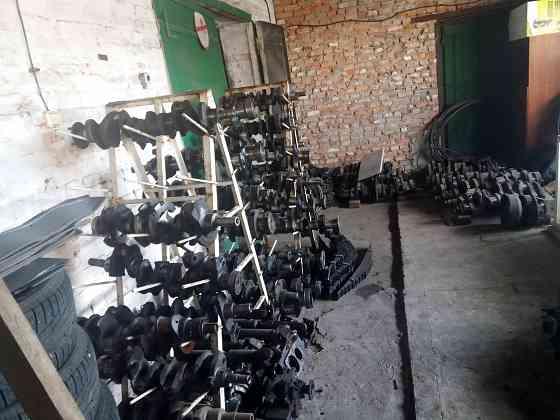 Распродажа запчастей к автотракторной технике Київ