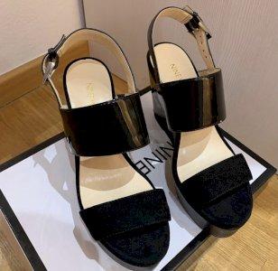 NINE WEST sandale nove