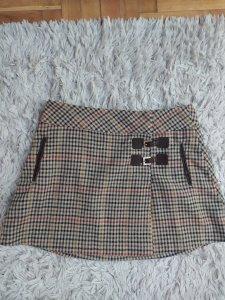 Zara suknja - British collection