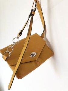 NOVA Pull&Bear torbica za oko struka