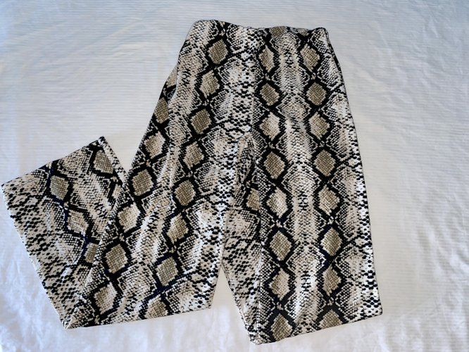 Zmijske široke hlače