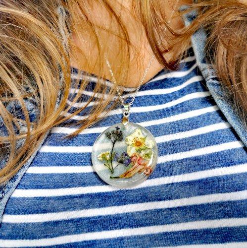 Epoxy cvijetna ogrlica