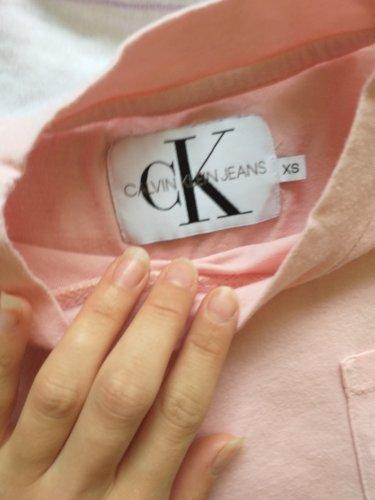 Crop top majica Calvin Klein