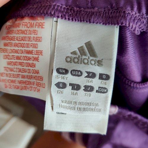 Adidas komplet M veličina 176