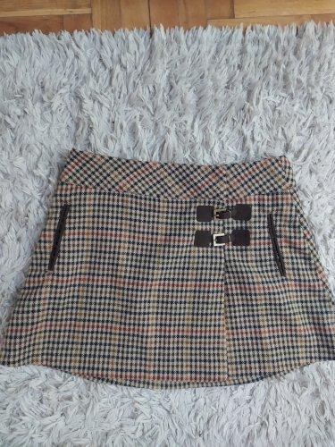 Zara suknja  British collection