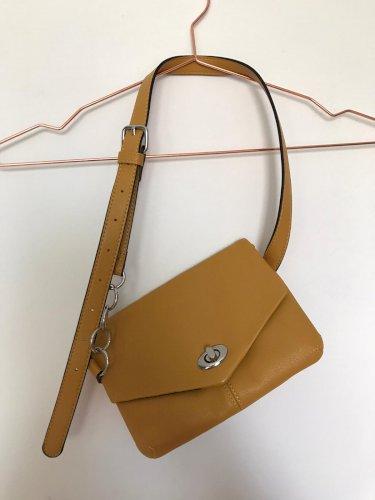 NOVA PullBear torbica za oko struka