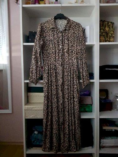 Duga tigrasta haljina