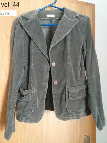 veste i jaknice razne veličine