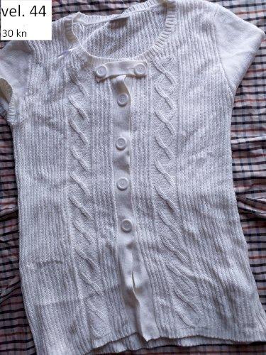majice kratki i dugi rukavi veličina L