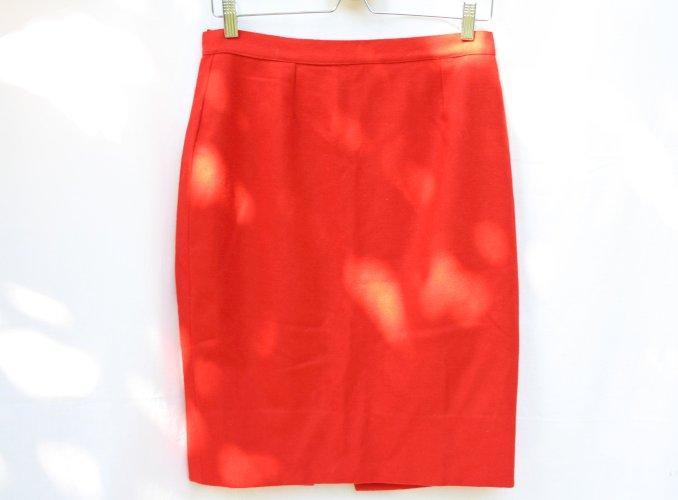 Crvena suknja