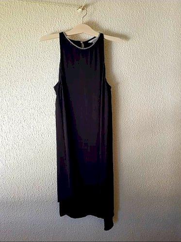 asimetricna crna haljina