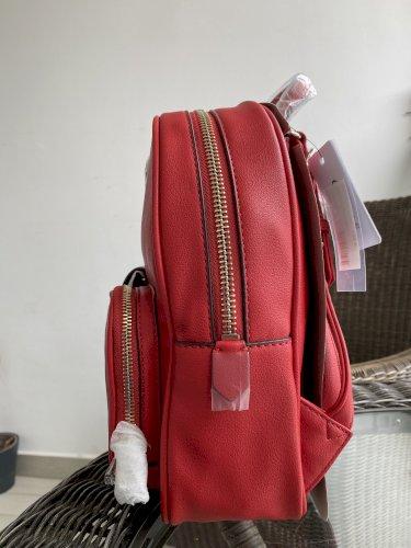 Guess novi ruksak