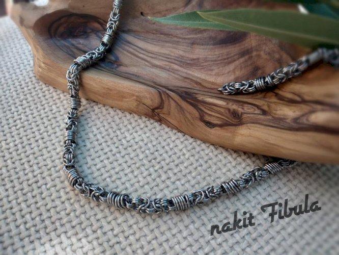 Ogrlica od nehrđajućeg čelika