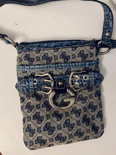 Vintage Guess torbica nikad nošena