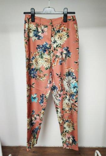 Vila cvjetne hlače