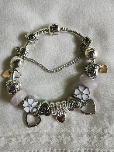 Pandora bijeli cvijet nova