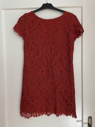 Zara čipkasta haljina