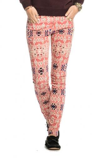 a4396f7fe919 Scotch  amp  Soda dámske ružové vzorované nohavice
