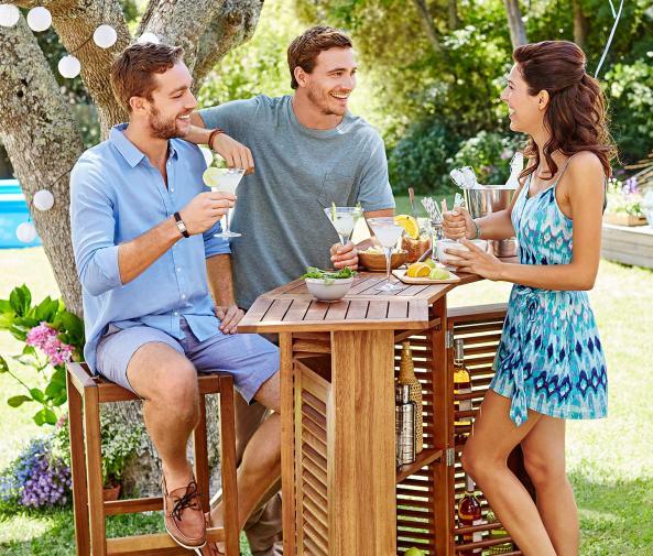 Záhradný bar s 2 stoličkami
