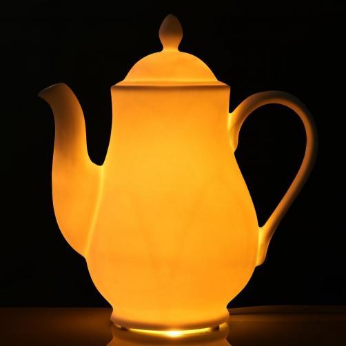 WHITE LIGHT Dekorativní svícen konvice
