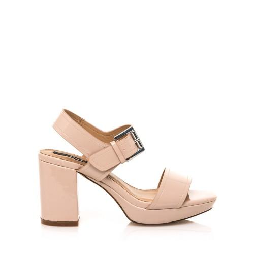 MTNG Tělové lesklé sandály na širším podpatku MTNG