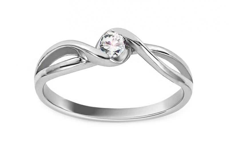 Krásný zásnubní prsten Magic 2 CSRI2078A