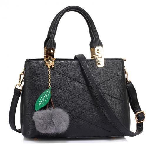 Černá prošívaná dámská moderní kabelka do ruky Fintell