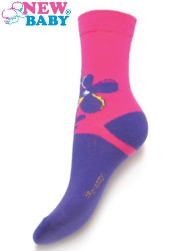 Dětské bavlněné ponožky New Baby fialovo-růžové s kytičkou Fialová 98 (2-3r)