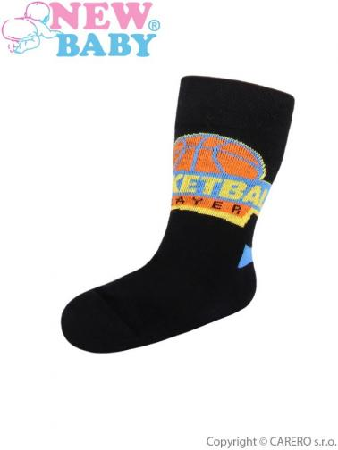 Dětské bavlněné ponožky New Baby černé basketball Černá 104 (3-4r)
