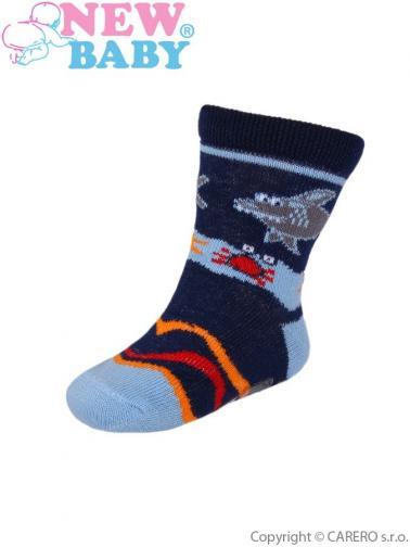 Dětské ponožky New Baby s ABS modré se žralokem Modrá 74 (6-9m)