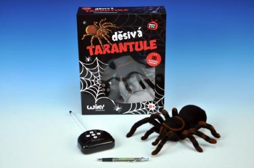 Děsivá Tarantule RC plast na baterie 4xAA a 1x9V 27 MHz 33x26,5x9,5cm