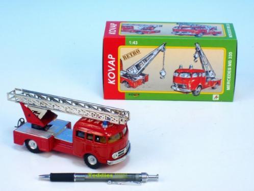 Auto Mercedes 335 hasiči kov 17cm 1:43