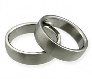 Aisha  - snubní prstýnky z chirurgické oceli