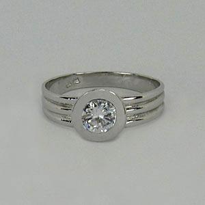 Zlatý prsten Z70-090