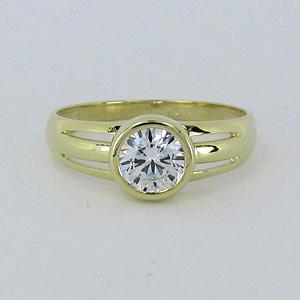 Dámský zlatý prsten Z70-154
