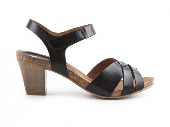 Caprice - Dámské páskové sandály na podpatku šíře G 9-28317-28