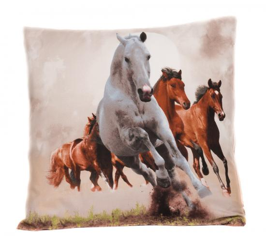 Apex 3D povlak 45x45 Divocí koně