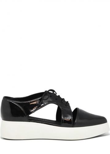 Černé boty na platformě s průstřihy Sixtyseven 38