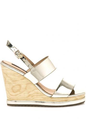 Zlaté letní sandály na dřevěném klínku MTNG 40
