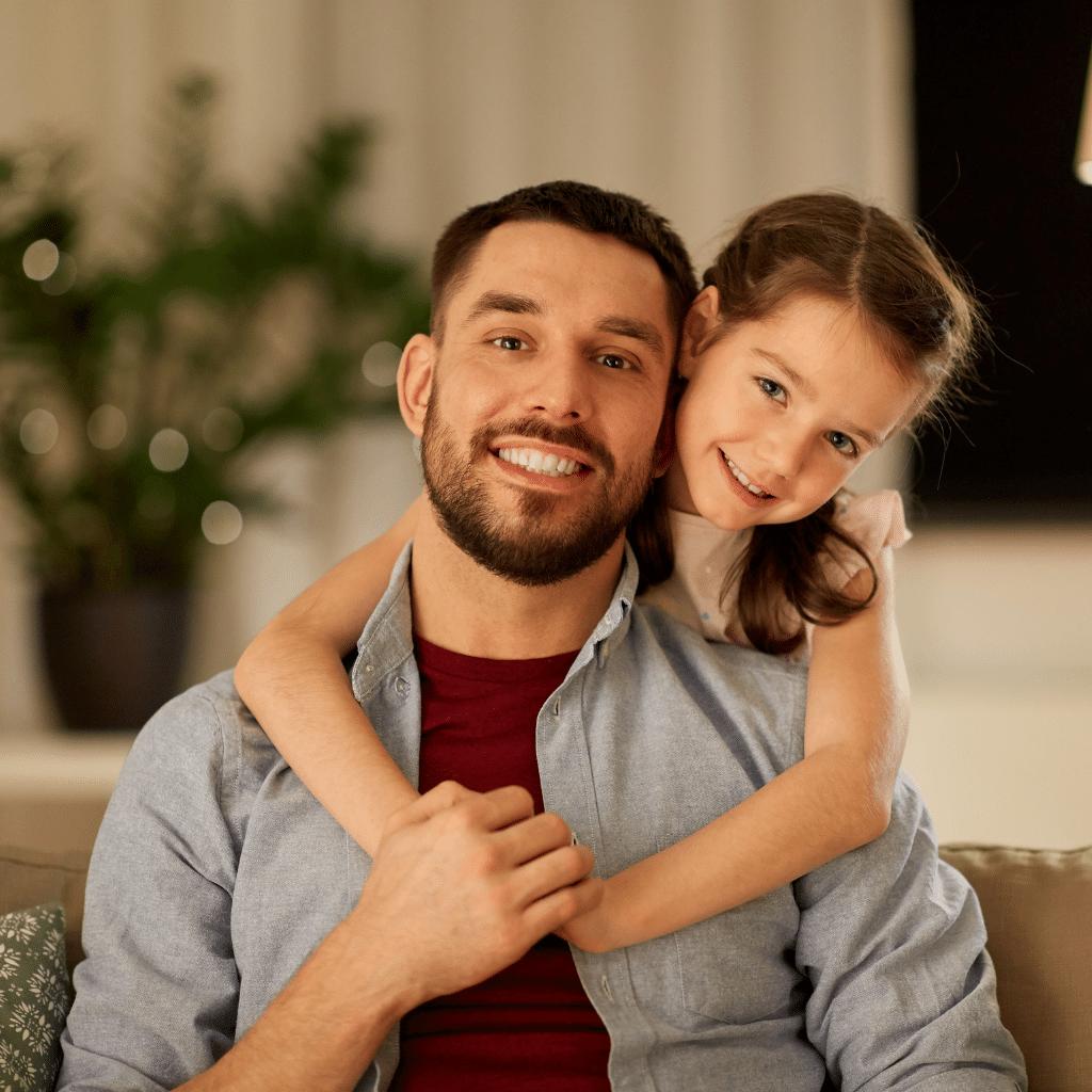 La famille monoparentale : un parent avec un ou plusieurs enfants, vivant sous le même toit.