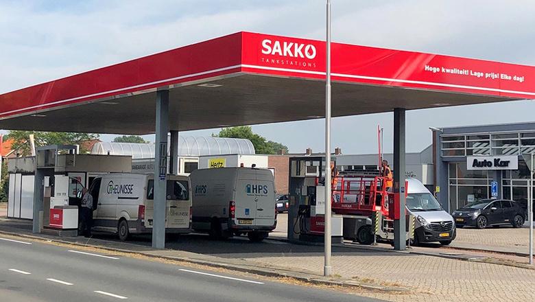 Vernieuwd tankstation geopend!
