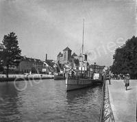 Bateaux sur  le canal du Thiou