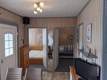 Blick in die Schlafzimmer vom Wohnbereich aus