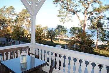 großer Balkon mit Ostseeblick